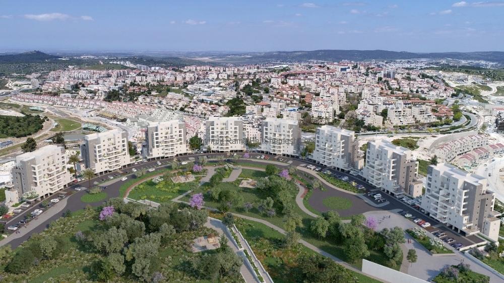 Beit Shemesh New Construction: Aleph Hachadasha Garden Apartment