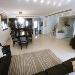 home-for-sale-mishkafayim-2