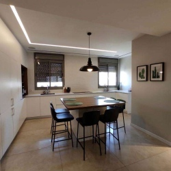Sun-Valley-Cottage-for-Sale-1