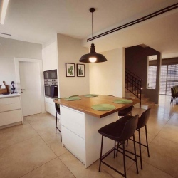 Sun-Valley-Cottage-for-Sale-11